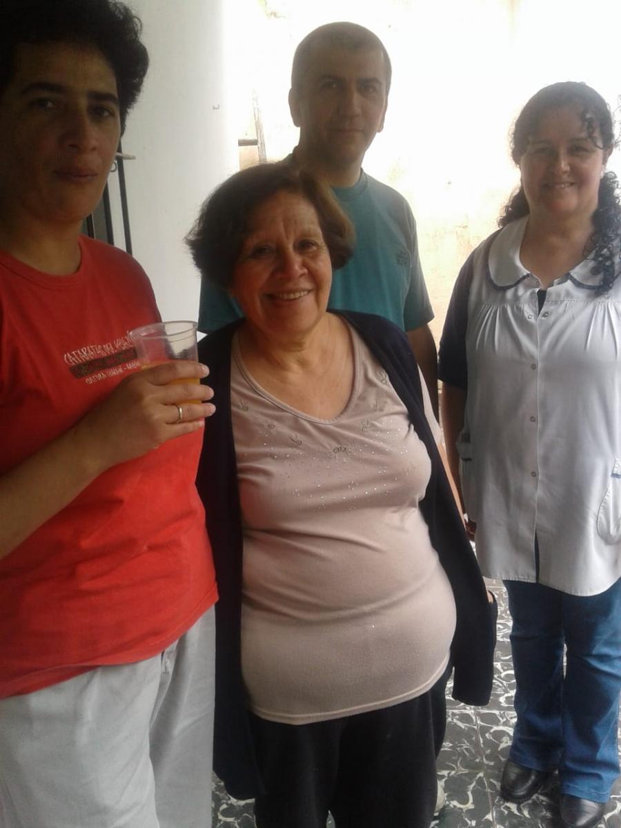 compartiendo-la-maana-con-abuelas-y-abuelos_30010958437_o