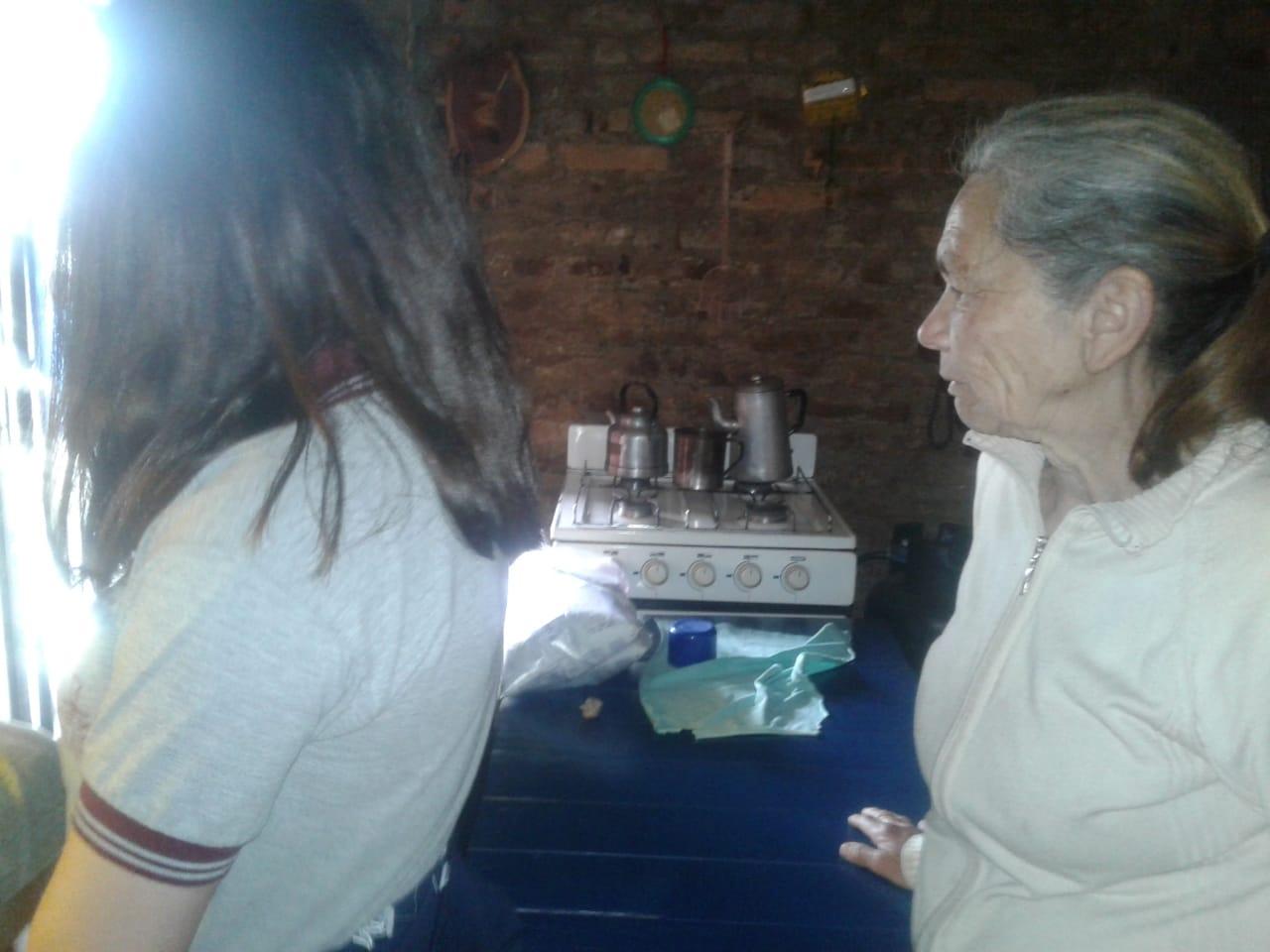compartiendo-la-maana-con-abuelas-y-abuelos_43135119870_o